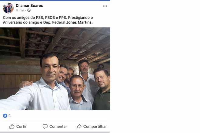 : Selfie do vereador Dilamar apareceu no telão, tendo ao lado Elio, vice do PSB